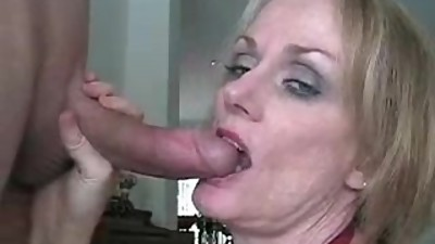 Renna from DATES25.COM - Stepmom blows..