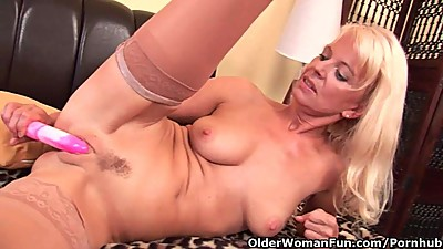 Granny In Stockings Fucks Herself With..