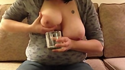 Mannekemiss and hot MILF playing with..