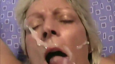 Naughty blonde mama takes a huge facial