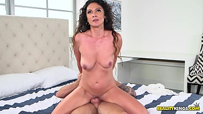 Jessica Torres Loves Big Young Cock