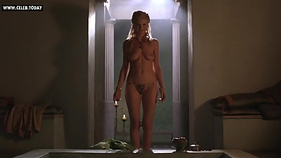 Viva Bianca - Showing her naked body..