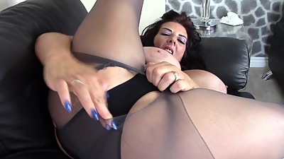 Lululushmodel, Tights ripping fun