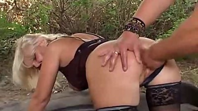 blonde milf anal fuck outdoor on tyres..