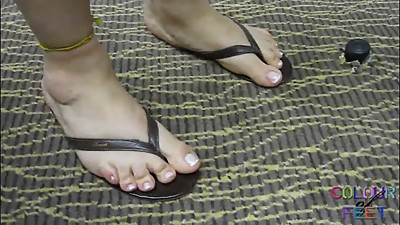 Mature Feet in Flip Flops