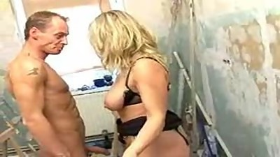 HORNY GERMAN MILF FACIALIZED BY HER..