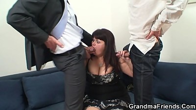 Huge mature bitch gets banged by two..
