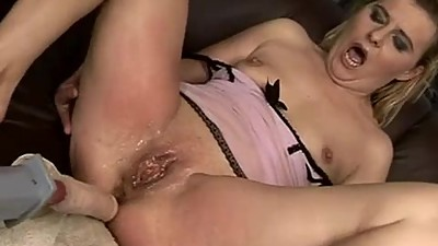 Hard fuck old woman
