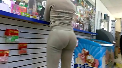 Phat bubble booty vpl in sweats