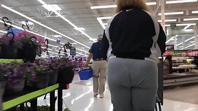 Sloppy booty mature