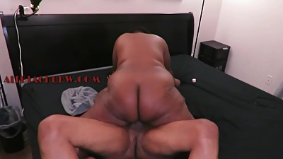 SOFT THICK BOOTY MATRE EBONY
